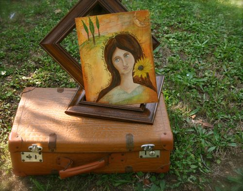 Tuscan woman suitcase SEPT